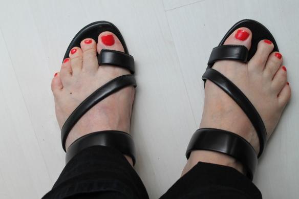 feet 001