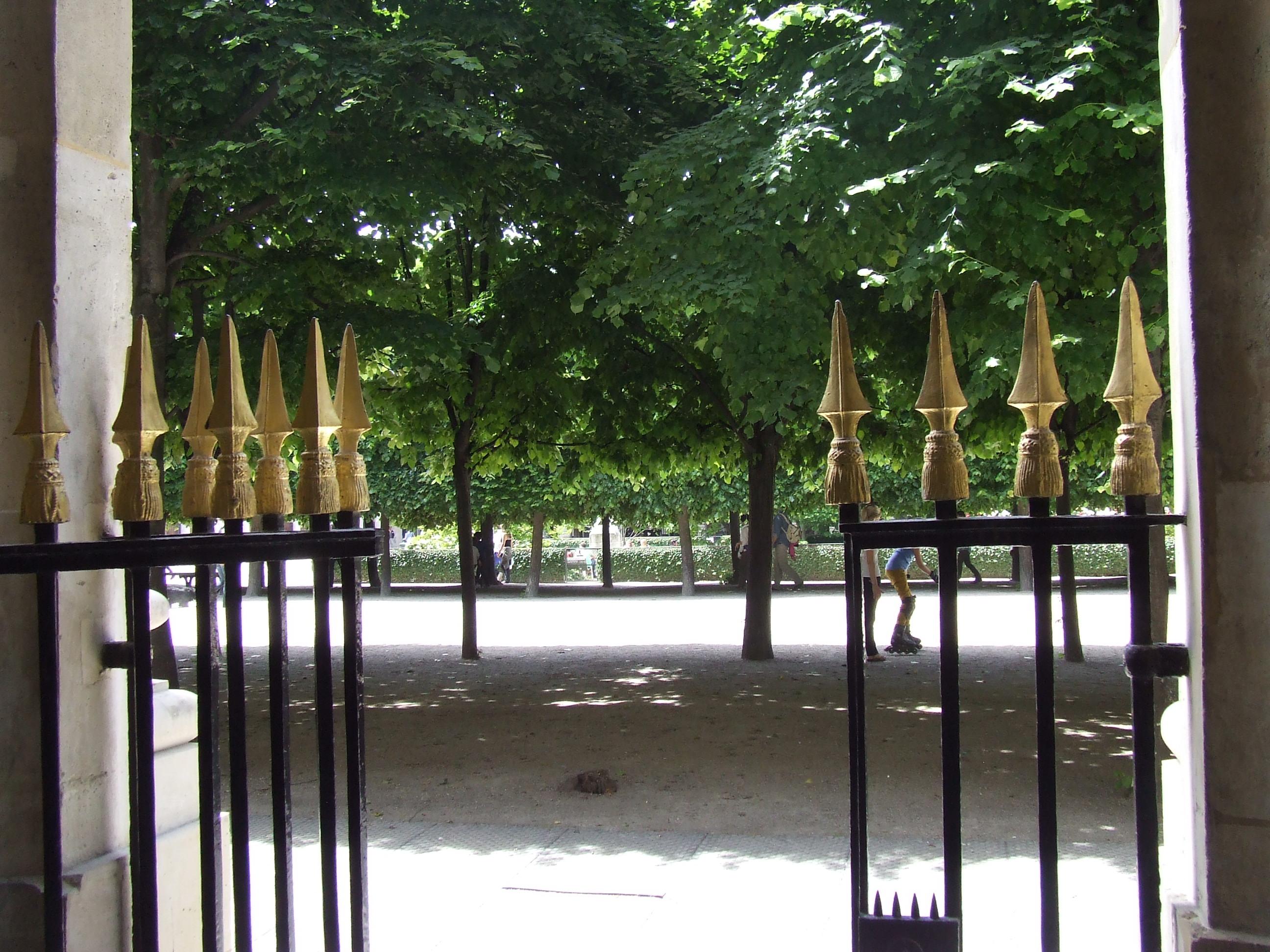 Paris Secret Passages June 17, 2013 045