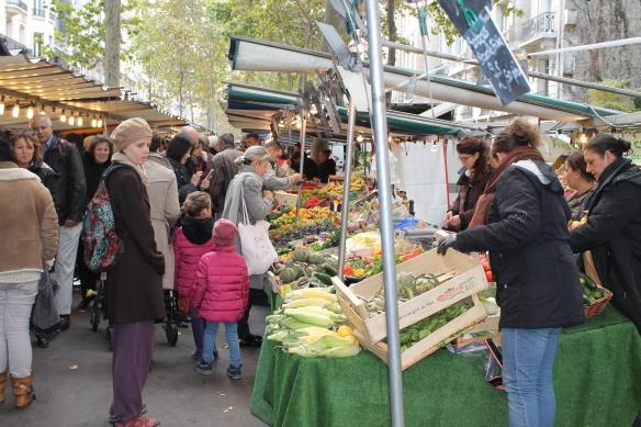 Sunday Paris Oct 13th - 6th arr 030