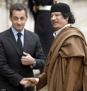 Sarkozy-Kadhafi2