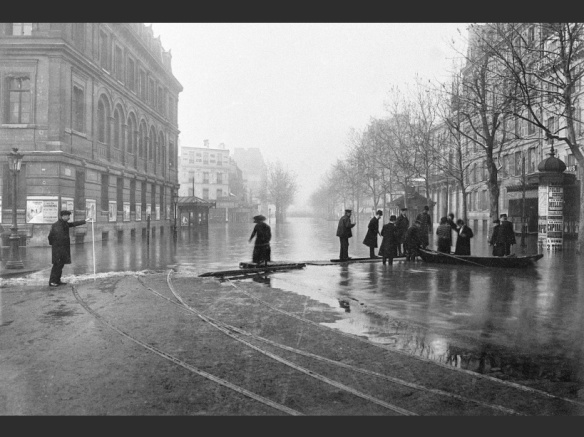 PARIS: Crue de la Seine - Inondations