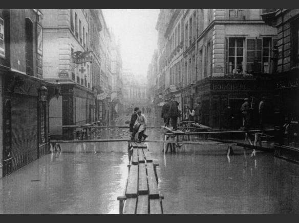 Paris : Crue de la Seine 1910