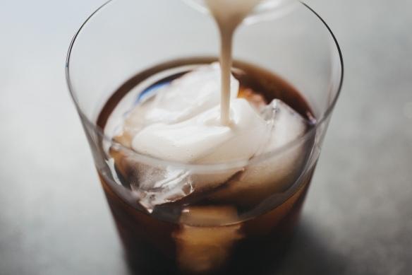cold_brew_coconut_creamer_06